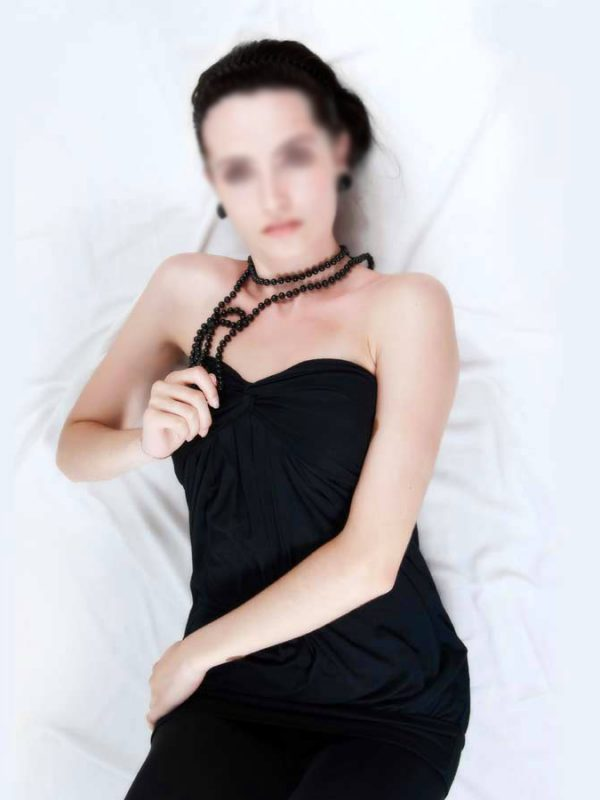 Devote Escortdame
